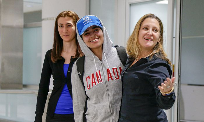 Saudi teenager Rahaf Mohammed al-Qunun arrives at Toronto Pearson International Airport