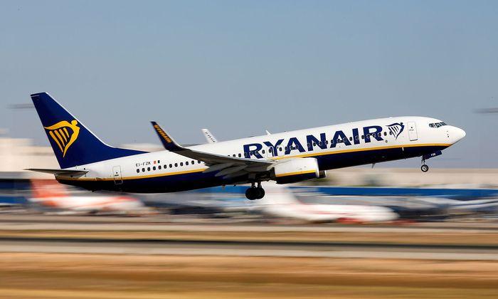 FILE PHOTO: A Ryanair Boeing 737 plane takes off from Palma de Mallorca airport in Palma de Mallorca