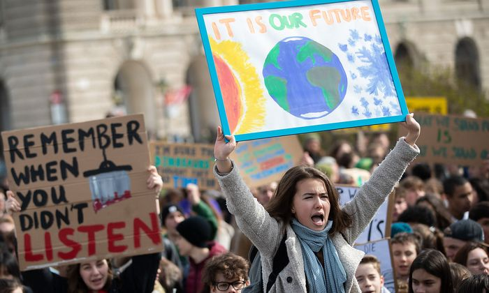 WIEN: KLIMA-DEMO - 'FRIDAYSFORFUTURE'