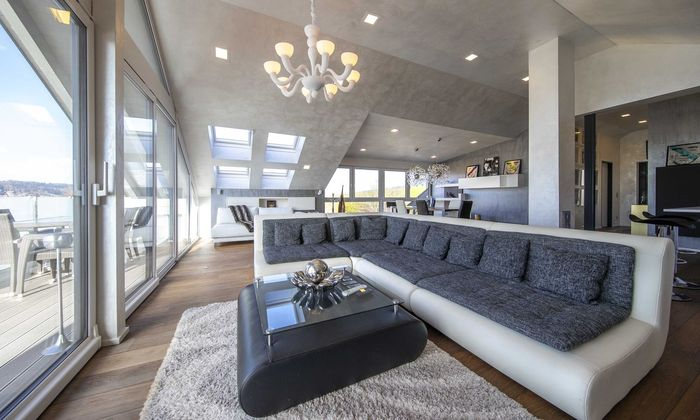 Für diese Dachwohnung in Obertrum sind 775.000 Euro aufgerufen.
