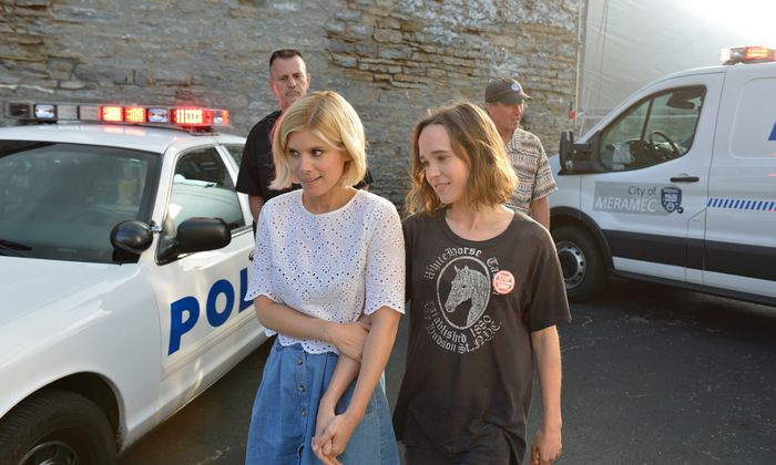 Für und gegen die Todesstrafe: Juristin Mercy (Kate Mara, l.) mit der jungen Lucy (Ellen Page).