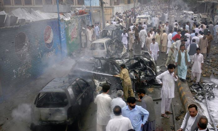 Pakistan: Selbstmord-Anschlag zum Ramadan-Ausklang