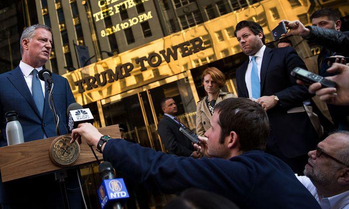 Bill de Blasio tritt an, um den New Yorker Donald Trump wieder nach Hause zu schicken.