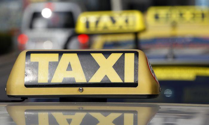 Innsbruck: Fahrer zahlen bis zu 45.000 Euro für Taxifunk