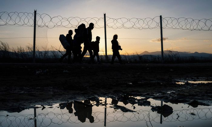 TOPSHOT-MACEDONIA-GREECE-EUROPE-MIGRANTS