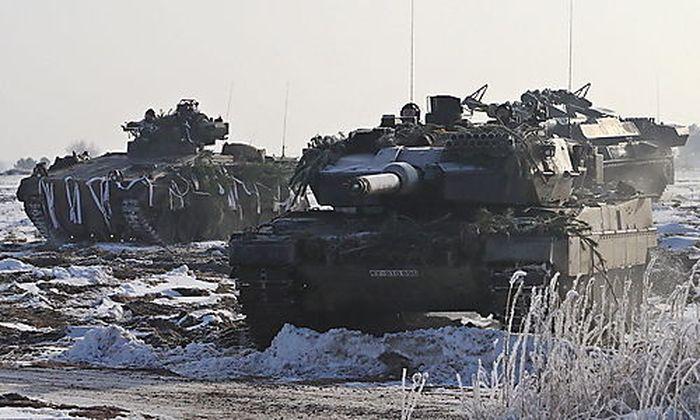 Deutsche Panzereinheiten im Wintermanöver, Jänner 2014