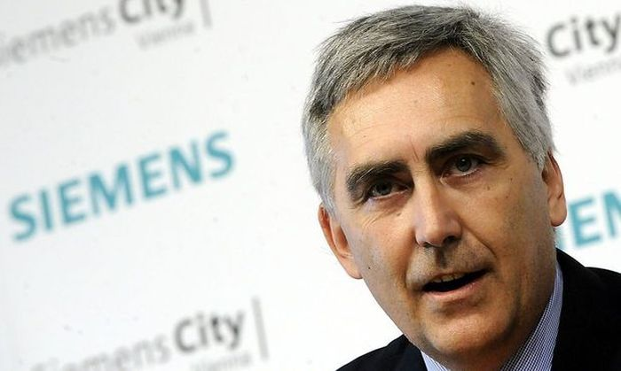 Der frühere Siemens-Chef Peter Löscher braucht mehr Zeit für Österreich