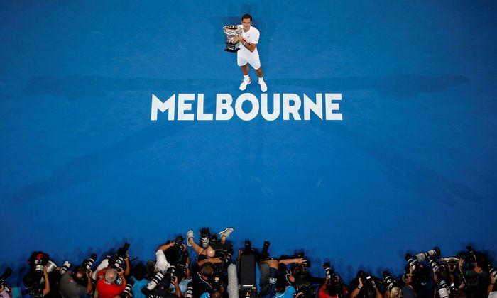 Aller guten Dinge sind drei: Roger Federer greift bei den Australian Open nach dem Titel-Hattrick.