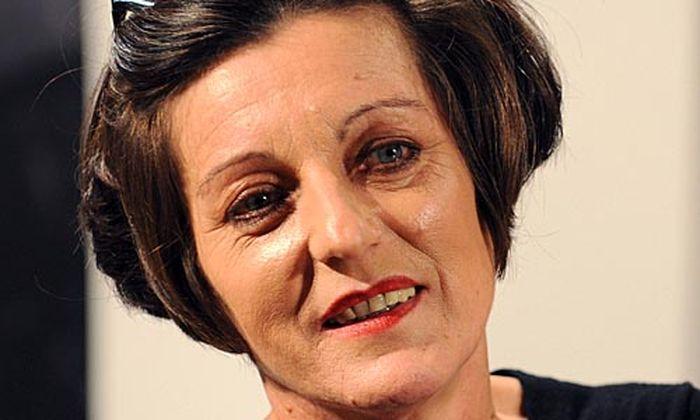 Herta Müller wird mit dem Nobelpreis für Literatur ausgezeichnet