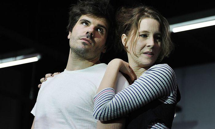 Thiemo Strutzenberger (Pavel) und Franziska Hackl (Vinska)