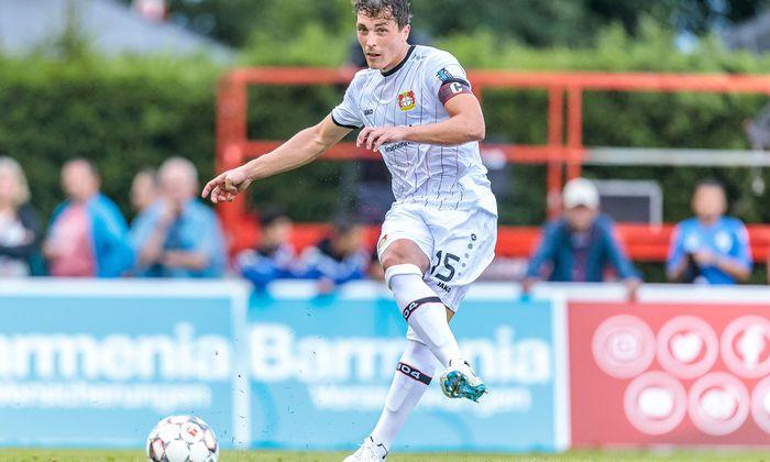 In der Vorbereitung auf die neue Saison trug Julian Baumgartlinger für Leverkusen auch einige Male die Kapitänsschleife.