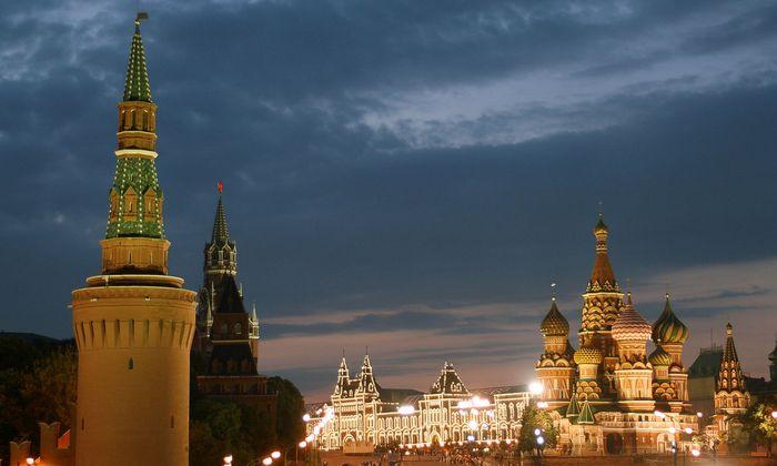 Russland, Moskau, Roter Platz, Basilius-Kathedrale Kreml und Kaufhaus GUM - Russia, Red Square