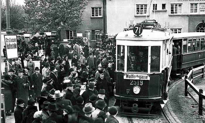 71er bewegte Leben Friedhofsbahn