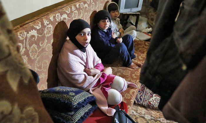 Syrien 40000 Menschen fliehen
