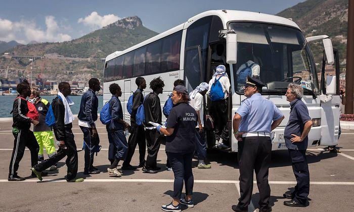Flüchtlinge in Salerno