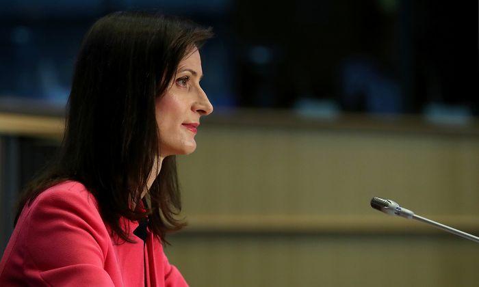 Problemlos brachte die Bulgarin Mariya Gabriel (Innovation und Jugend) am Montag ihre Anhörungen im EU-Parlament hinter sich.