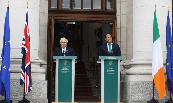 """""""Bedeutende Differenzen bleiben bestehen"""": Großbritanniens Premierminister Johnson am Montag bei seinem irischen Amtskollegen Leo Varadkar. Dieser betonte, er sei für """"realistische neue Vorschläge"""" in Sachen Brexit-Abkommen offen, habe bisher aber keine erhalten."""