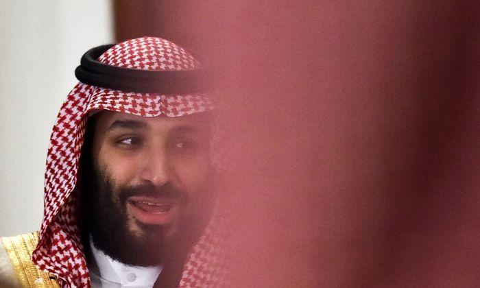 """Kronprinz Mohammed bin Salman soll in einem Telefongespräch gesagt haben, er werde Khashoggi """"mit einer Kugel"""" erledigen."""