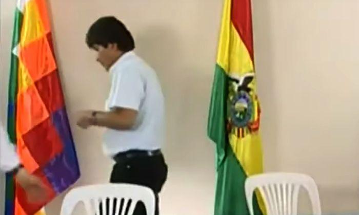 In einer Fernsehansprache verkündete Evo Morales seinen Rücktritt (Screenshot).