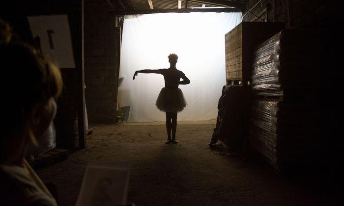 """Theater auch auf dem Bahnhofsgelände: 2018 mit """"One to three"""" von Theater Kollektief."""