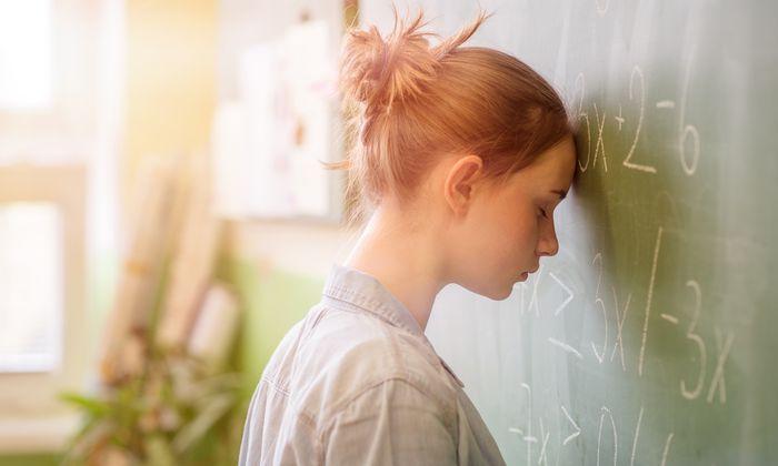Wer auf Angst mit Erstarren reagiert, der hat in Prüfungssituationen oft ein Blackout.
