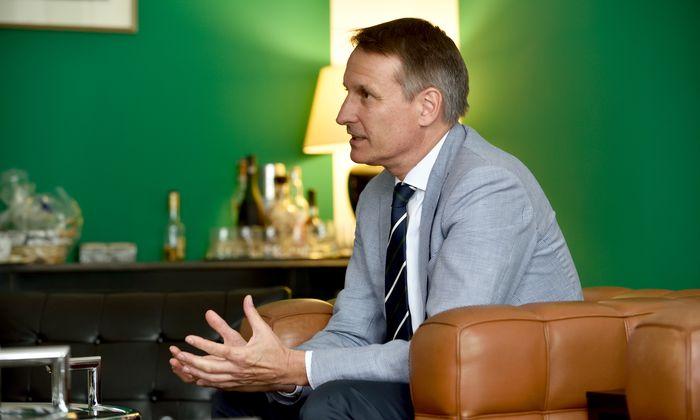 """""""Es gibt keinen Wettbewerb der Staaten mehr, nur mehr der Produkte"""", sagt Rosenbauer-Chef Dieter Siegel."""
