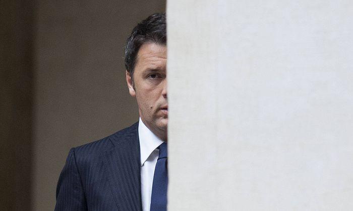 """Der """"Verschrotter"""" ist zurück. Matteo Renzi sagte sich von Sozialdemokraten los."""