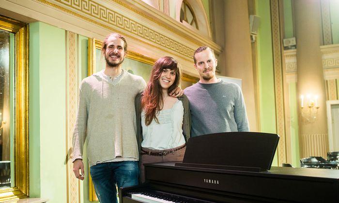 """Udo Felizeter, Barbara Plank und Nico Schwendinger (v. l.) sind das Kernteam von """"Open Piano""""."""