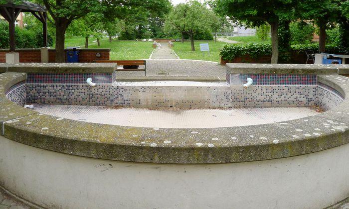 Wurstigkeit? Walter-Reinagl-Park, Donauspital.