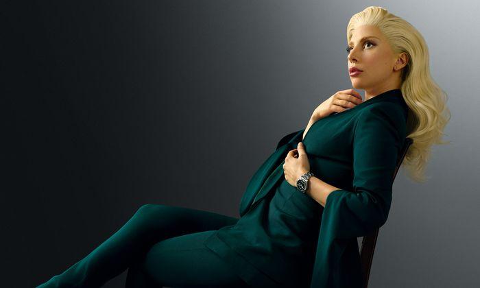 Zeitlos. Als Testimonial der Uhrenmarke Tudor posiert Lady Gaga in ziemlich klassischem Look.