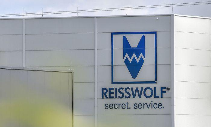 Archivbild: Festplatten wurden zur Firma Reisswolf gebracht