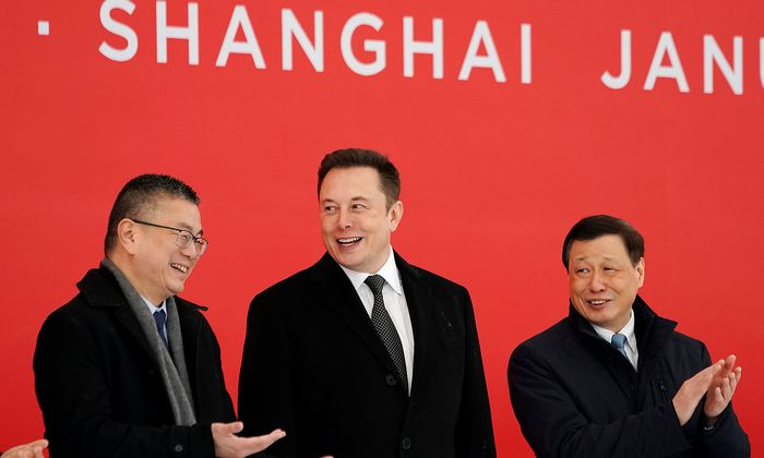 Tesla CEO Elon Musk and Shanghai's Mayor Ying Yong attend the Tesla Shanghai Gigafactory groundbreaking ceremony in Shanghai