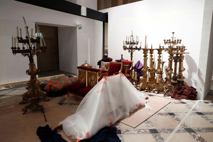 Die geretteten Schätze befinden sich derzeit in einem Raum im Pariser Rathaus.