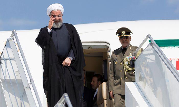 Hassan Rohani auf Reisen. Nach einem Staatsbesuch in der Schweiz will der iranische Präsident am Mittwoch die vor drei Jahren abgesagte Wien-Visite nachholen.