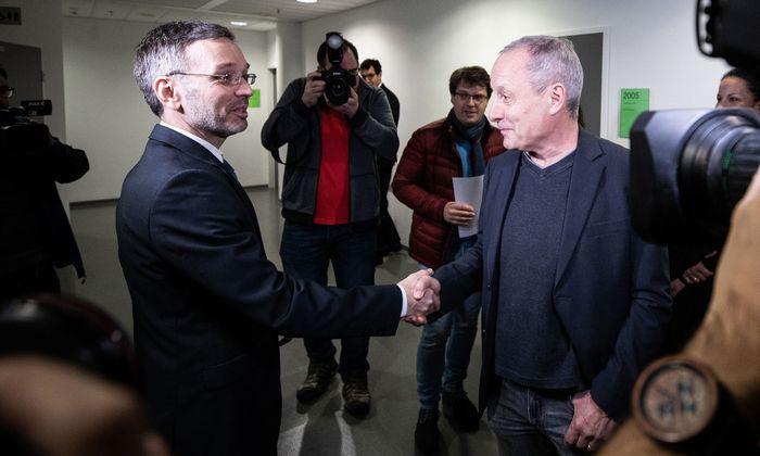 Innenminister Herbert Kickl (FPÖ) und Peter Pilz (Jetzt) vor Verhandlungsbeginn