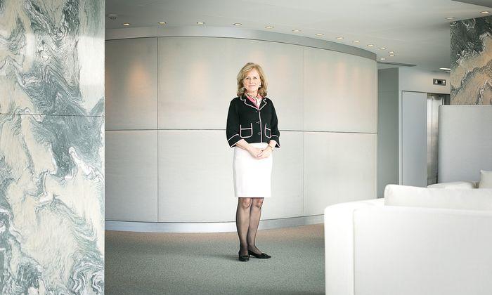 """""""Frauen verlaufen sich oft auf dem Weg nach oben, auch aus einem karriereschädlichen Mangel an Selbstwertgefühl"""", sagt Aufsichtsrätin Cattina Leitner."""