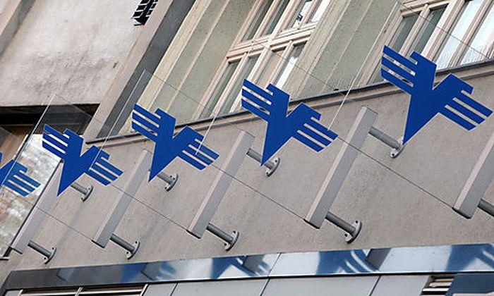 Über eine Milliarde Euro hat der Steuerzahler für die Stabilisierung der ÖVAG aufzubringen