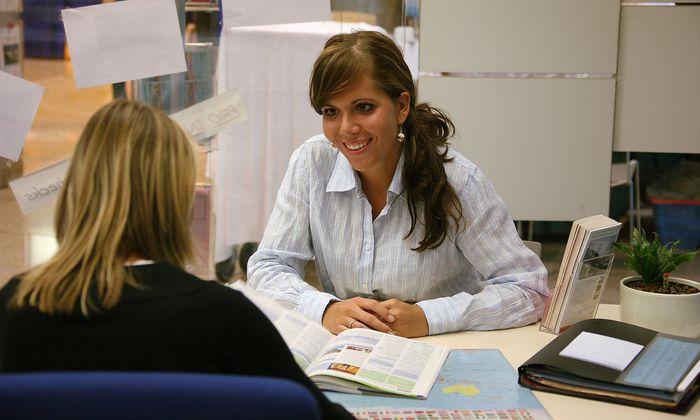 Zwischendurch ehrliches Interesse am Mitarbeiter und dessen Arbeit zeigen kann enorm motivierend wirken.