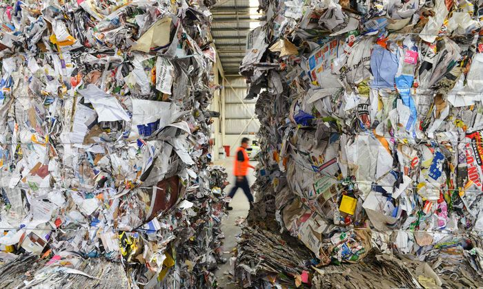Der Müll wird nicht weniger. Das Geschäft für die Entsorger auch nicht. In den USA profitiert die Aktie des Branchenprimus ganz besonders.