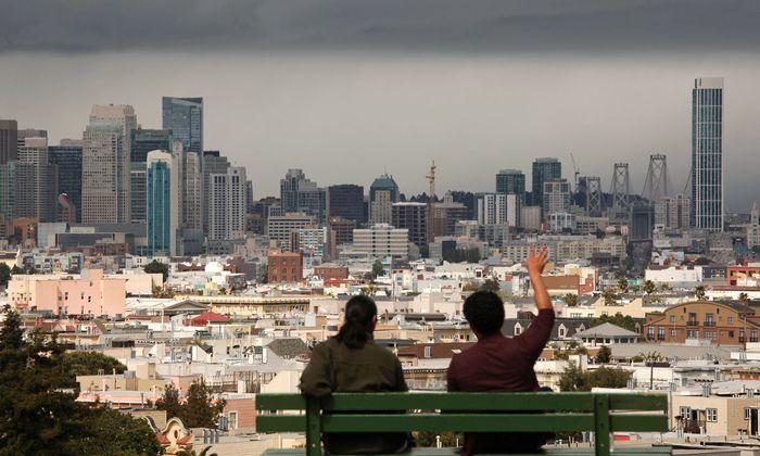 San Francisco ist das heißeste Immobilienpflaster in den USA. Seit der Krise hat es eine Preisexplosion gegeben. Genauso in New York, London und Wien. Aber der Boom kühlt sich ab, der Markt dreht sich.