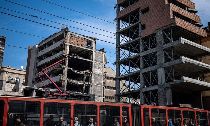 Das frühere Innenministerium in Belgrad ist 20 Jahre nach dem Bombardement noch immer eine Ruine.