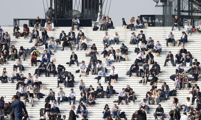 Absolventen von ausländischen Universitäten sollen verstärkt nach Österreich kommen, wünscht sich die Wirtschaft.