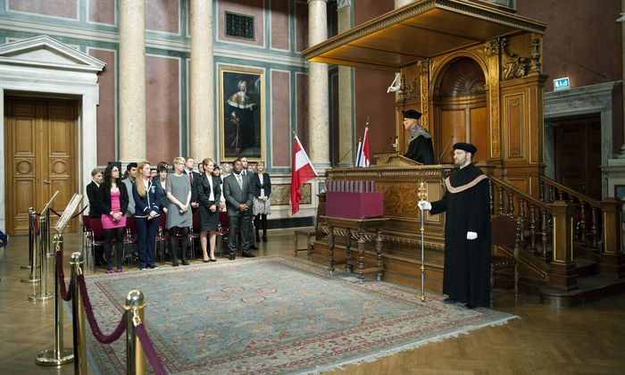 Als höchste akademische Weihe wird die Verleihung des Doktorats traditionell feierlich inszeniert.