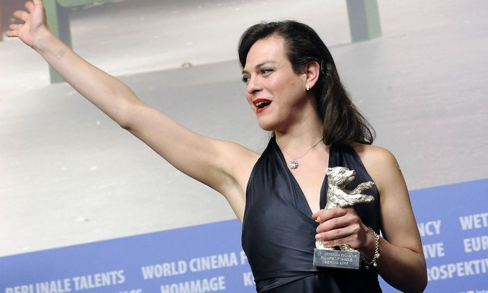 Darstellerin Daniela Vega mit dem Silbernen Bären.