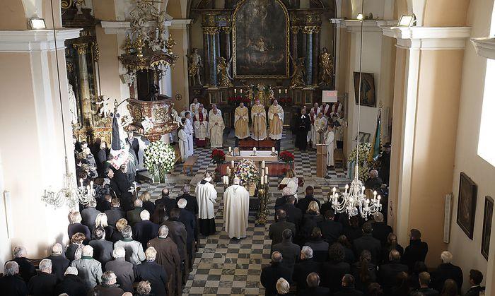 Steirischer Alt-LH Josef Krainer in Graz zu Grabe getragen