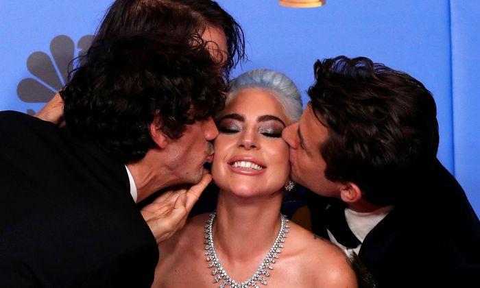"""Lady Gaga erfand sich in der Titelrolle von """"A Star Is Born"""" neu – und gewann entgegen vielen Erwartungen """"nur"""" einen Golden Globe für den Filmsong. Bussis gab es von ihren Co-Songwritern."""