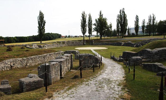 Römische Antike wird präsent im Archäologischen Park Carnuntum.