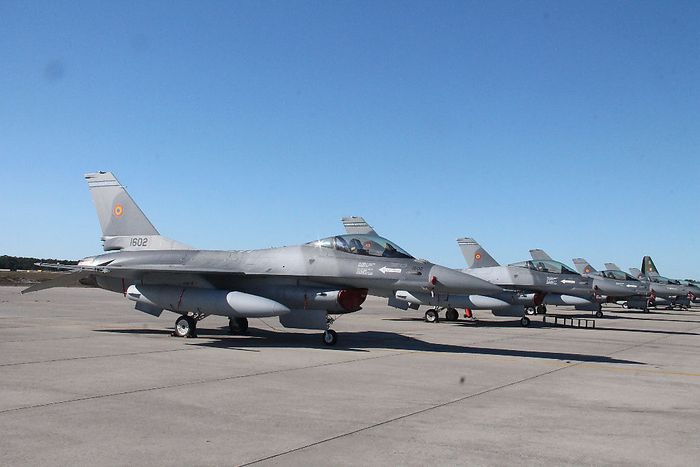 Rumänische F-16