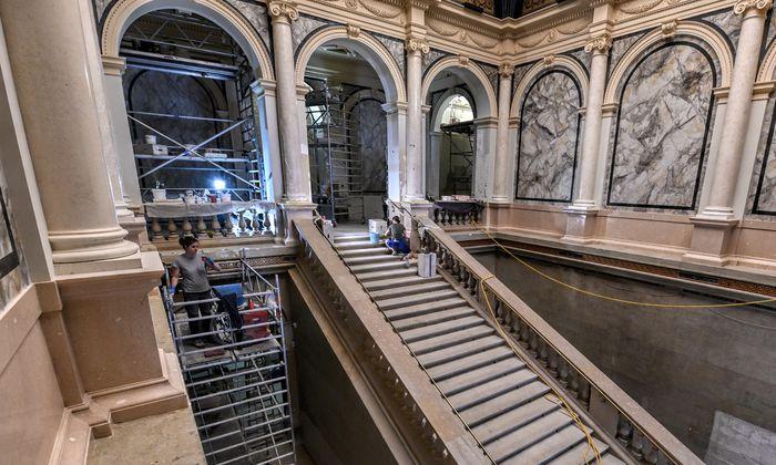 """Am Wiener Karlsplatz entsteht gerade """"Wiens neuer Standort für moderne Kunst""""."""