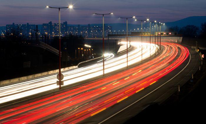 Anzengruber plädiert für eine Ausweitung des bestehenden Emissionshandelssystems (ETS) in Europa auf Wärme und Verkehr.